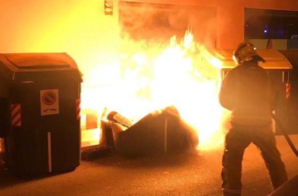 Nueva quema de contenedores en Eusebio Estada