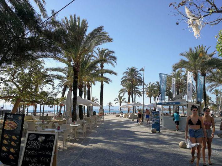 Martes nuboso y con mucho calor en Baleares