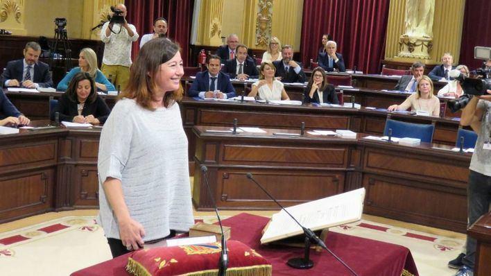 Armengol se asegura 32 de los 59 diputados para ser investida presidenta