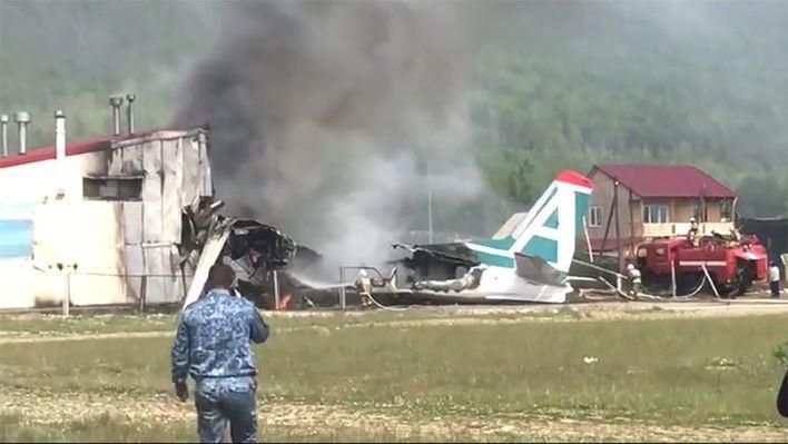Dos muertos tras un aterrizaje de emergencia en Rusia