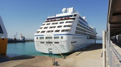 Con la primera escala del 'Sirena' Alcúdia aumenta el tráfico de cruceros frente a Palma