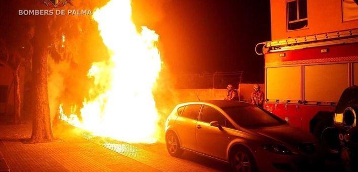 Queman seis contenedores en Palma en tres ataques en una hora