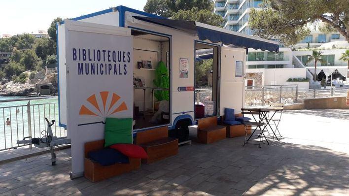 La Biblioplatja de Calvià se instala en Portals Nous