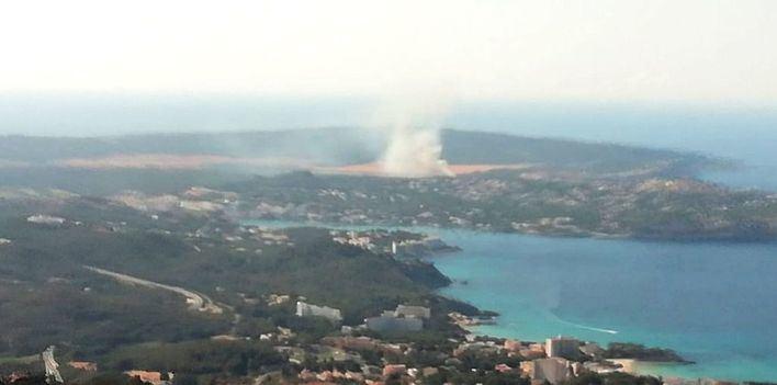 Extinguido el incendio de Calvià que ha afectado a una zona boscosa de El Toro