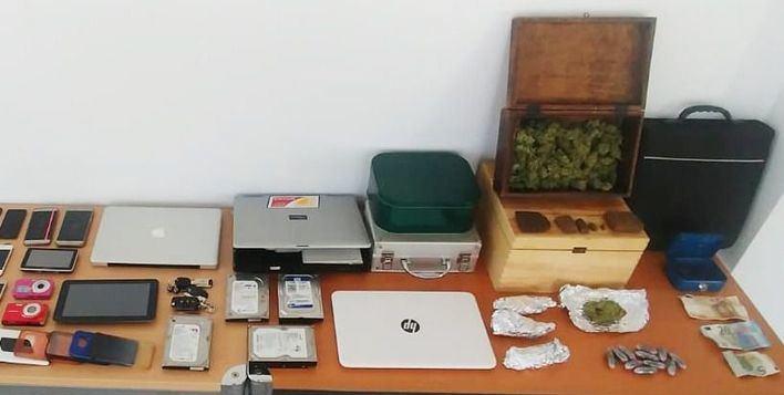 Cuatro detenidos en Palmanova por tráfico de drogas y diversos robos en Magaluf