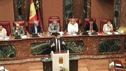 Vox aprieta en Murcia y tumba la investidura del candidato del PP