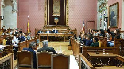 El Consell de Mallorca se constituye con Cladera como presidenta