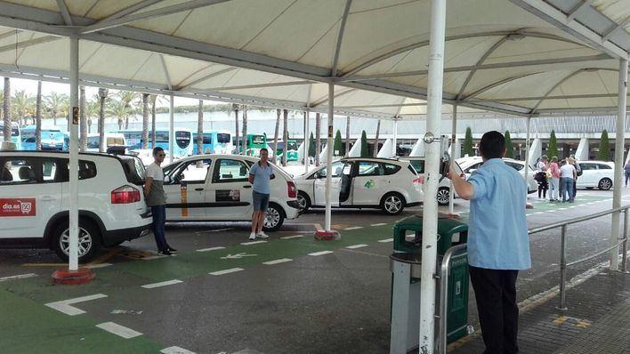 Baleares cuenta con 2.483 licencias de taxi y 209 de VTC