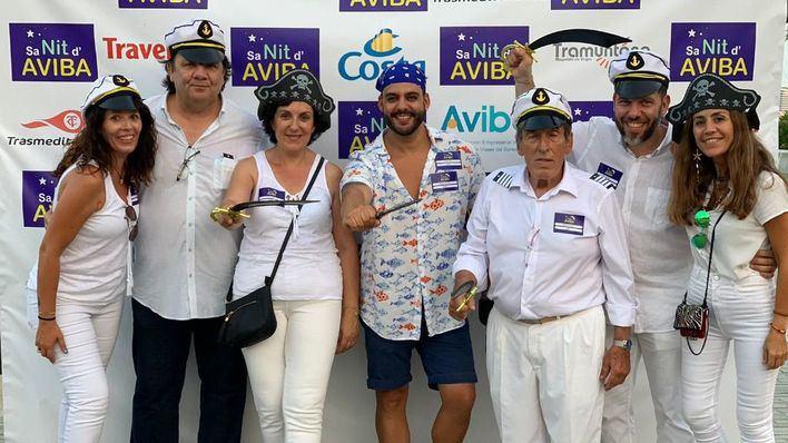 Aviba celebra su fiesta anual en alta mar y con temática pirata