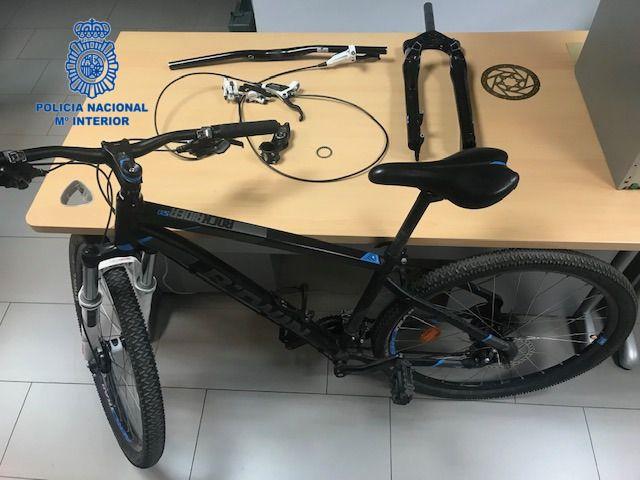 Detenidos 3 menores por robar dos bicicletas valoradas en 2.000 euros
