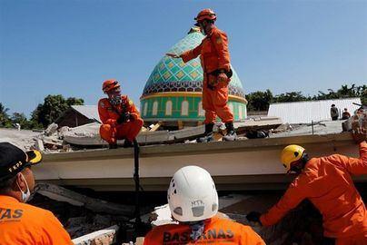 Un terremoto de 7,2 sacude el este de Indonesia