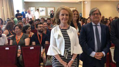 Thomàs apuesta por fortalecer el catalán entre el colectivo de inmigrantes y personajes públicos