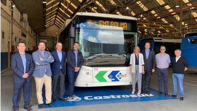 Cort y EMT visitan la fábrica donde se construyen 28 buses que llegarán a Palma en otoño