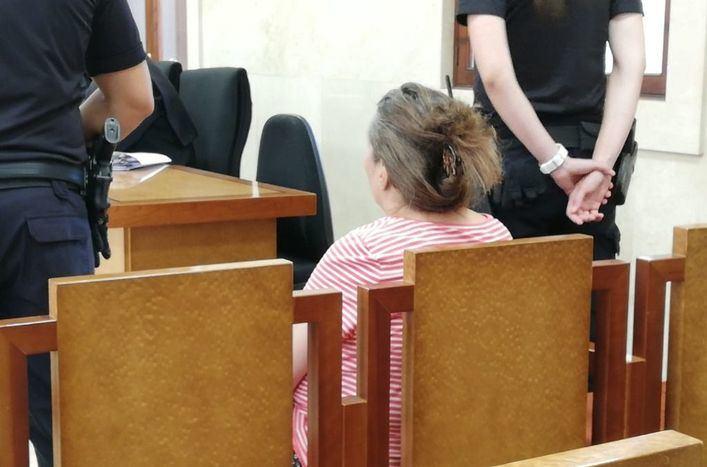 Acepta siete años y medio de cárcel por intentar asesinar a su hermana con un cuchillo de cocina