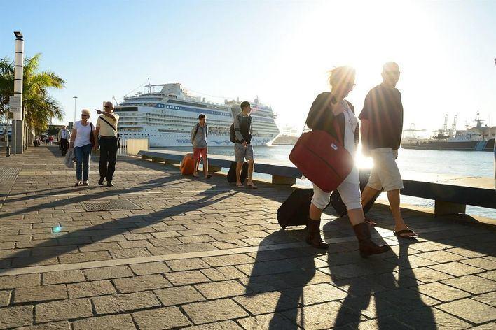 Comerciantes y empresarios se concentran en Palma en apoyo al sector del turismo de cruceros