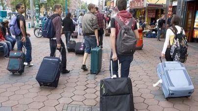 Las pernoctaciones hoteleras bajan aunque sube el número de viajeros