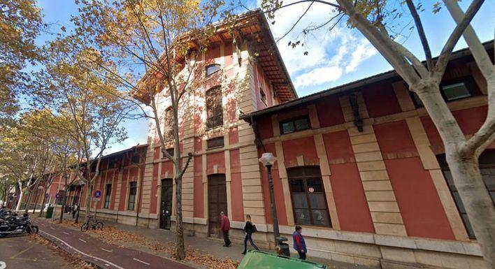 El Escorxador cambia su uso urbanístico a sociocultural, sanitario y recreativo