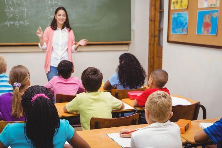 Educación adjudica 856 plazas de profesores en las oposiciones de 2019