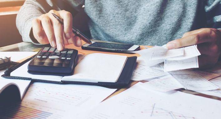 Las empresas baleares pagan sus facturas con un retraso medio de 13 días