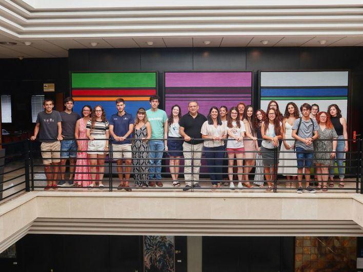 30 jóvenes de Calvià participan de las becas Projecta't y BeCalvià
