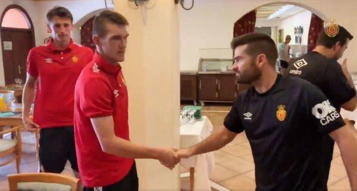 El Mallorca ficha al delantero internacional serbio Igor Zlatanovic