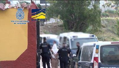 Cae un grupo criminal que vendía documentos de identidad españoles a extranjeros