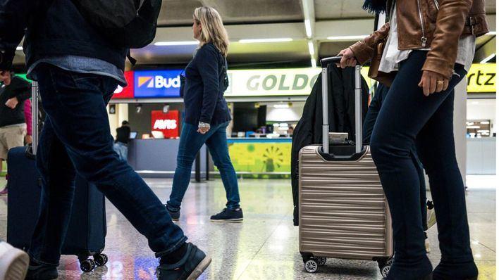 Más de 500.000 personas pasarán por los aeropuertos de Baleares este fin de semana