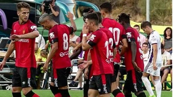 El Mallorca firma un empate ante el Valladolid tras remontar un 2-0