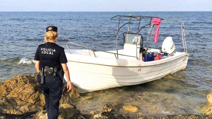 Interceptan a nueve inmigrantes argelinos llegados en patera a Formentera