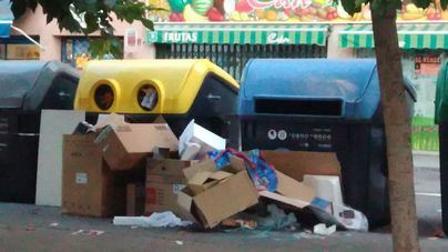 La huelga indefinida de basuras afectará a 50 municipios en plena temporada
