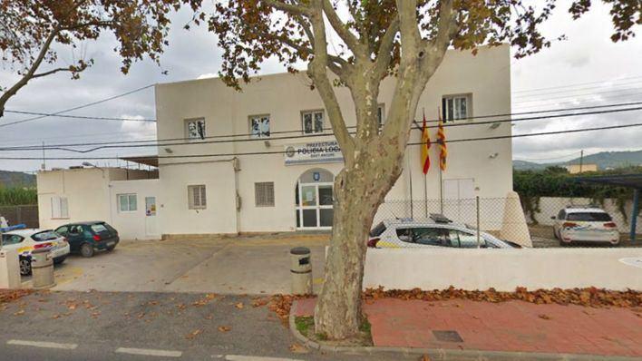 Detenidas siete personas en Sant Antoni por la venta de óxido nitroso