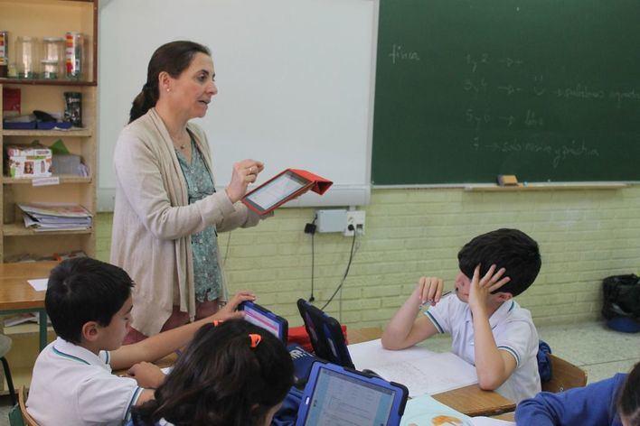 Educación publica la adjudicación final de 4.980 plazas de docentes interinos