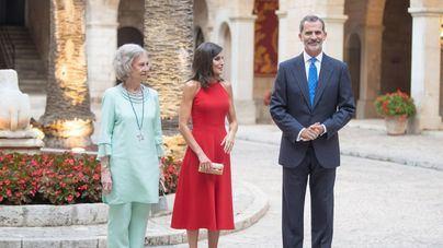 Galería de fotos. Todos los invitados a la recepción en La Almudaina