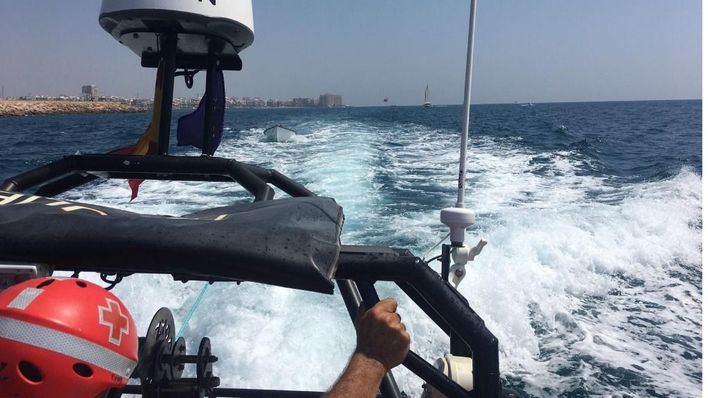 Interceptada una patera con 16 migrantes en aguas de Mallorca