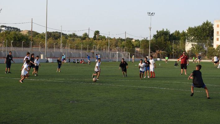 Inca acoge una jornada de fútbol con los niños del Pueblo Saharaui