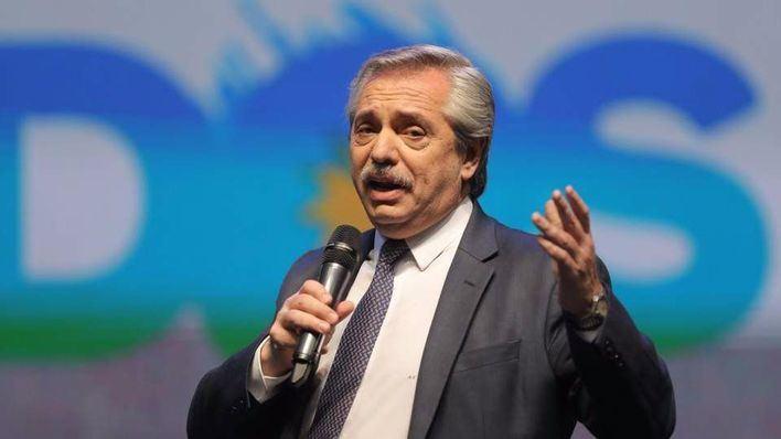 El opositor Alberto Fernández gana las primarias de Argentina con el 47 por ciento de los votos