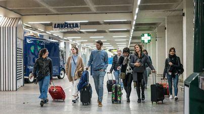Más de 4,2 millones de pasajeros pasan por Son Sant Joan en julio