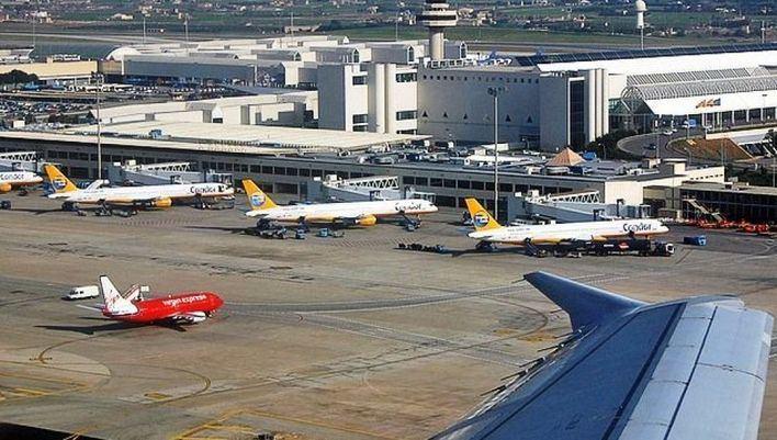 Vuelos desviados en Palma tras un aterrizaje de emergencia que ha bloqueado una pista dos horas