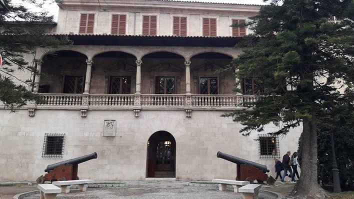 Vox denuncia la designación a dedo de 37 cargos en Cort, Consell y Govern