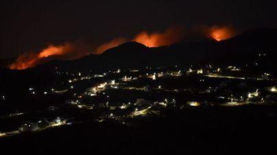 Ascienden a 4.000 las personas evacuadas por el incendio en Gran Canaria