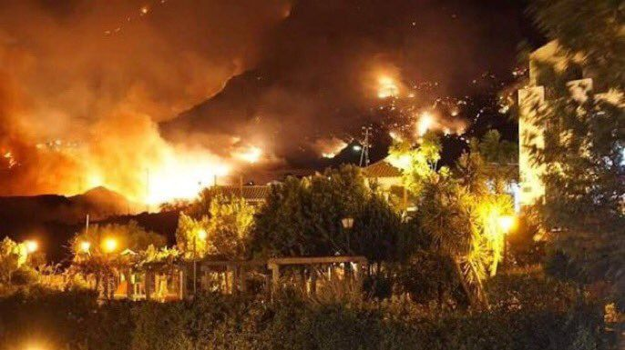 El fuego de Gran Canaria ha arrasado ya el equivalente a 6.000 campos de futbol