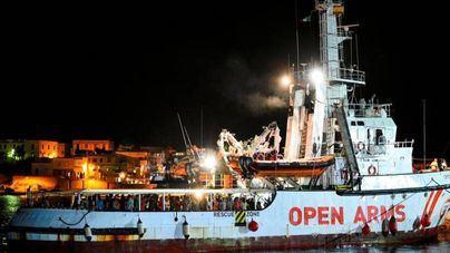 Los migrantes del Open Arms desembarcan en Italia