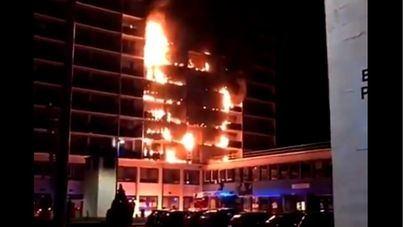 Una mujer muere y 8 personas resultan heridas en el incendio de un hospital cerca de París
