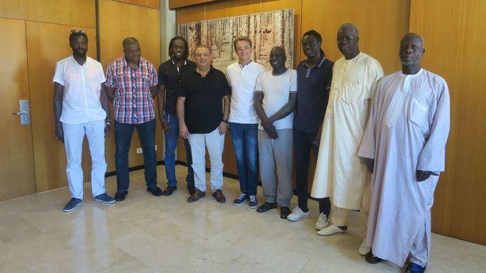 La comunidad senegalesa de Magaluf pide que no se les estigmatice y relacione con la venta ambulante y el menudeo