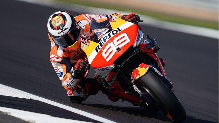 Lorenzo queda decimocuarto en un Silverstone dominado por los españoles