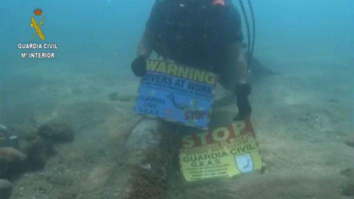 Desalojan parte de una playa de Barcelona al hallarse un artefacto explosivo en el agua