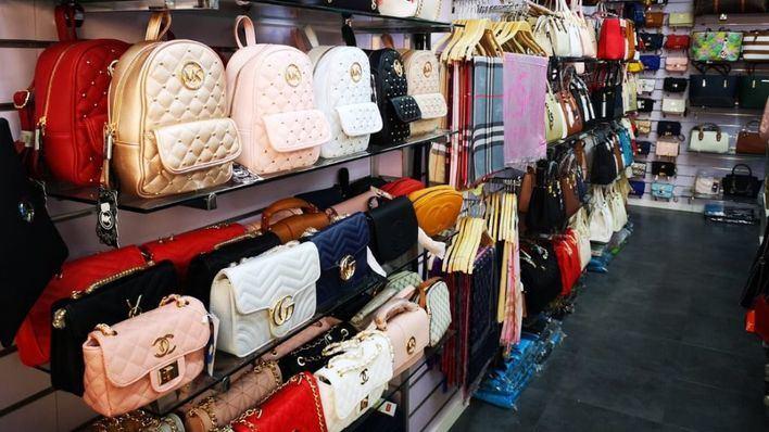 La Policía Nacional lanza una guía con consejos para evitar los productos falsificados