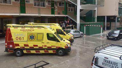 Muere un hombre al caer de un quinto piso en el colegio Lluís Vives