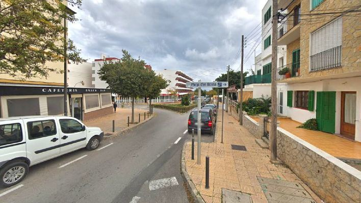 En estado grave un joven de 29 años tras precipitarse desde un segundo piso en Ibiza