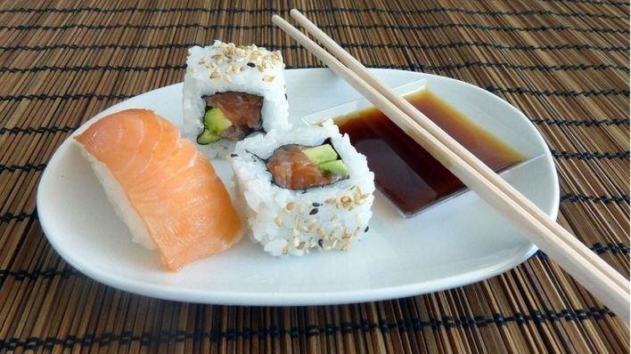 Ya son más de 70 los intoxicados en el Dragon Sushi, once por salmonela
